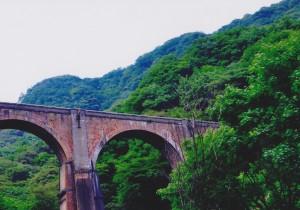 旧信越本線のメガネ橋